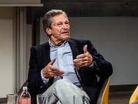 Pfarrer i.R. Christoph Wonneberger gründete in den 1980er Jahren in Leipzig die oppositionelle Arbeitsgruppe Menschenrechte und organisierte die Montagsgebete in der Nikolaikirche.